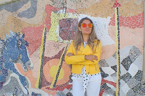 chaqueta de piel - Chaqueta de piel amarilla, fondo artístico