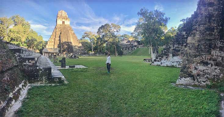 La ciudad maya de Tikal en Guatemala